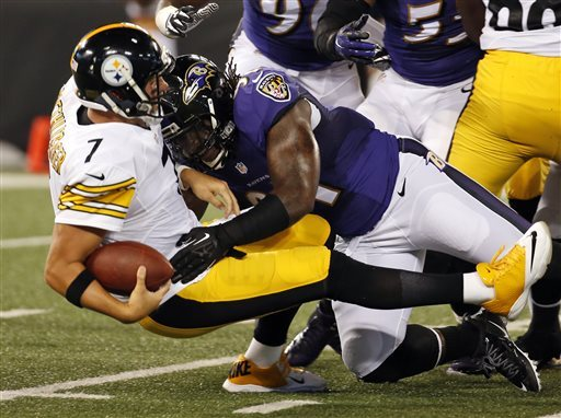 Courtney Upshaw Hit on Ben Roethlisberger
