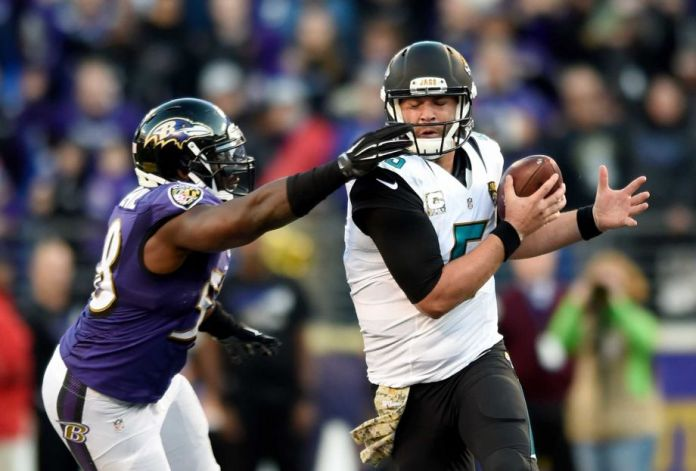 Dumervil grabs Bortles' facemask
